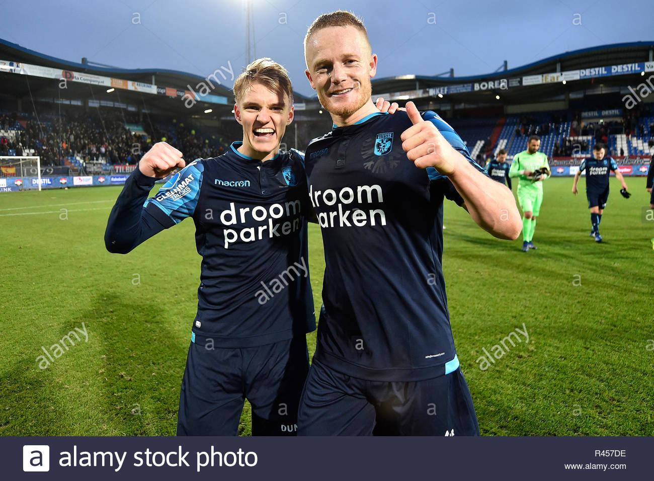 tilburg-25-11-2018-koning-willem-ii-stadium-season-2018-2019-dutch-eredivisie-martin-odegaard-and-rasmus-thelander-celebrating-the-win-after-the-match-R457DE